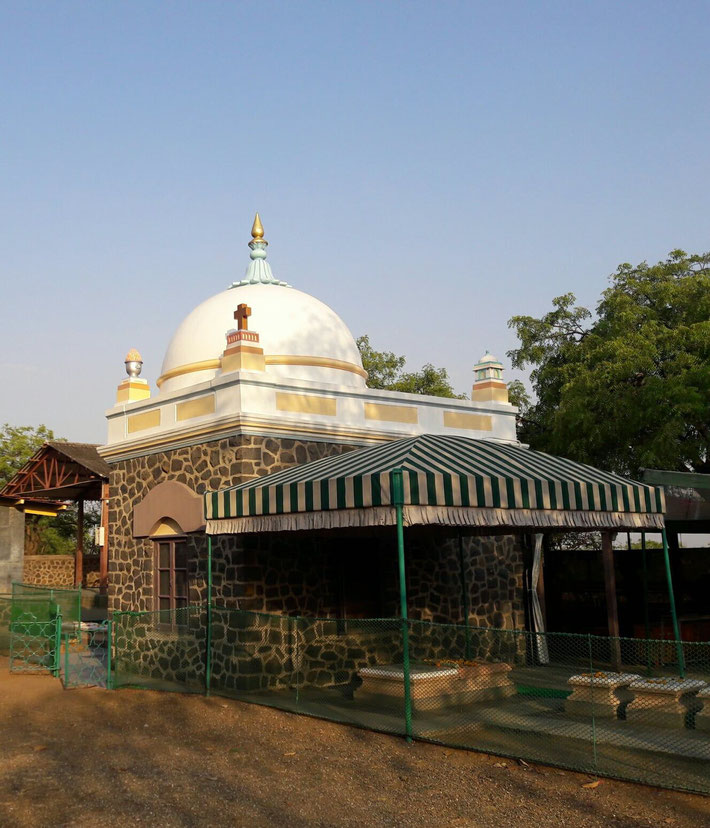 Samadhi from the Western side. Photo courtesy of  V.B. Patil