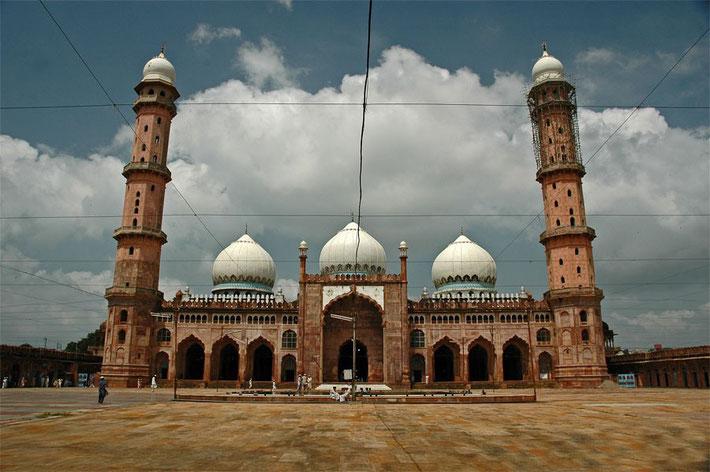 Tajul Masjid