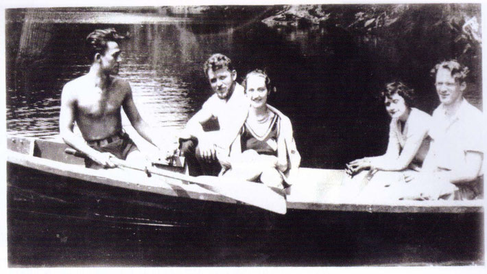 May 31, 1932 : On the Croton River with ( L-R ) Howard Inches, Milo Shattuck, Grace Mann, Josephine Grabau ( Ross ) and Donald Holloway. Courtesy of Beloved Archives
