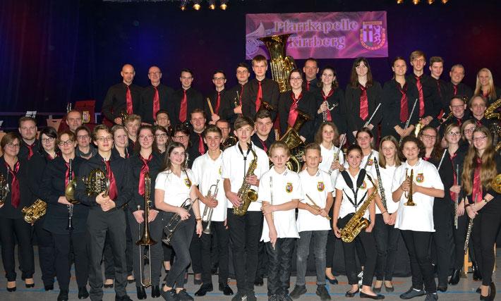Die Musikerinnen und Musiker der Pfarrkapelle Kirrberg im Rahmen des Jahreskonzertes 2018