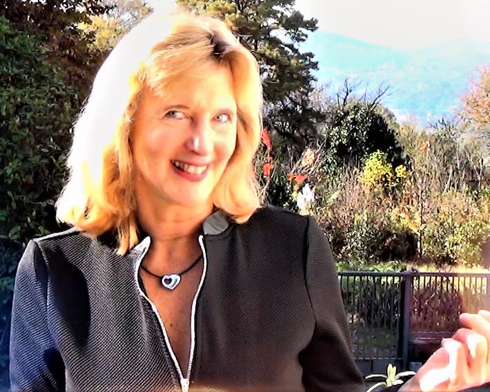 Irina Reylander, Motivational Speaker, youtuber auch auf Deutsch