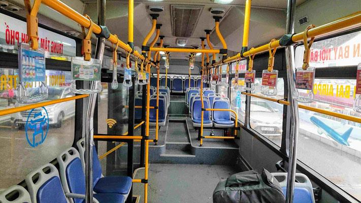 vietnam_hanoi_flughafen_flughafenbus_transfer_zentum_bus_innenansicht_linie86_transfer_urlaub_reise_viethouse_ly_heiko