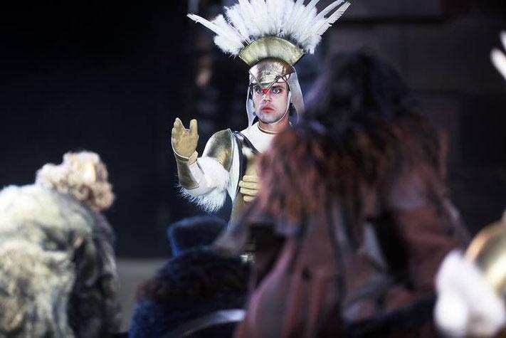 """""""Die Nibelungen - Born to die""""                 (Friedrich Hebbel)              Prinz Lüdegast/ Recke Siegfrieds, Regie: Dieter Wedel,  Worms 2013"""