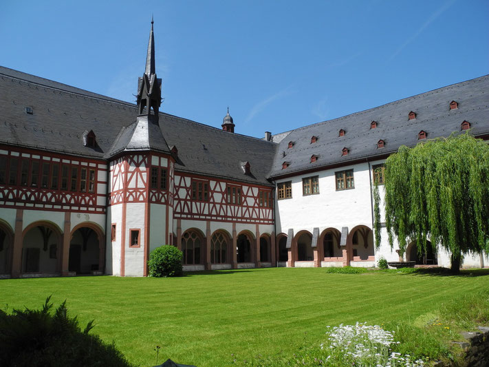 Heiraten und freie Trauung im Falkenstein Grand Kempinski Königstein Taunus, freier Theologe Redner Trauungszeremonie