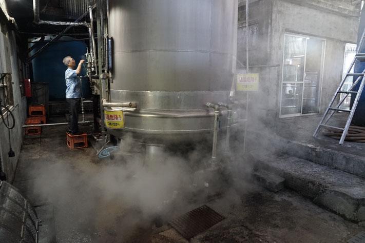 単式蒸留器での常圧蒸留