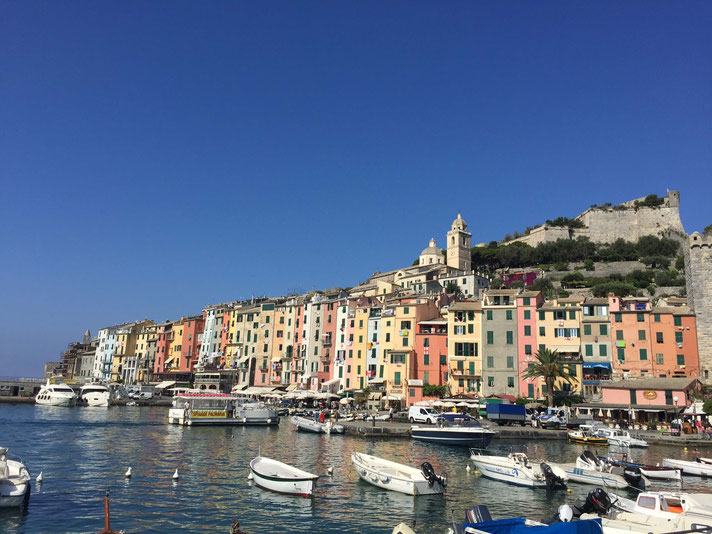Porto Venereท่าเรือไปหมู่บ้าน Cinque Terre