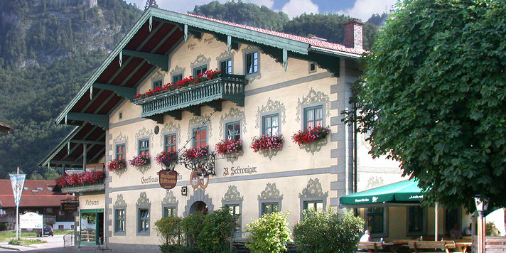 Gasthof Falkenstein mit Metzgerei Schwaiger in Flintsbach am Inn