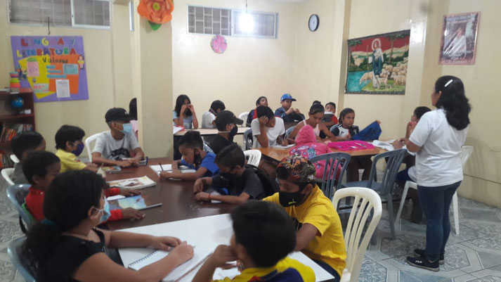 Um nicht ganz abgehängt zu werden: Das Nachhilfeprogramm im Kinder- und Jugendzentrum.