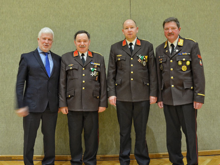 Neu gewähltes Kommando der FF Hainersdorf