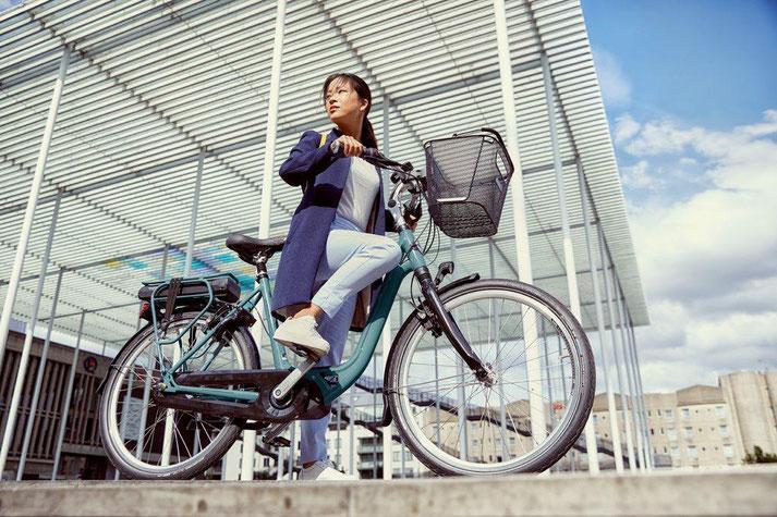 Im Shop in Gießen können Sie sich viele City e-Bikes ansehen.