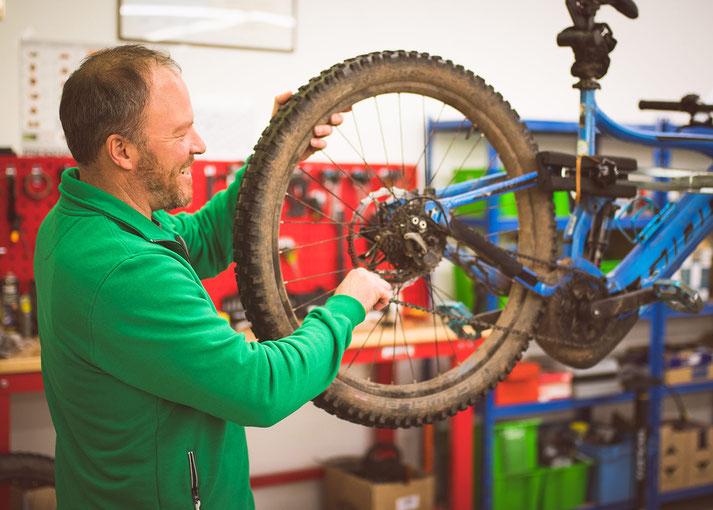 e-Bike Service in der e-motion e-Bike Welt St. Wendel
