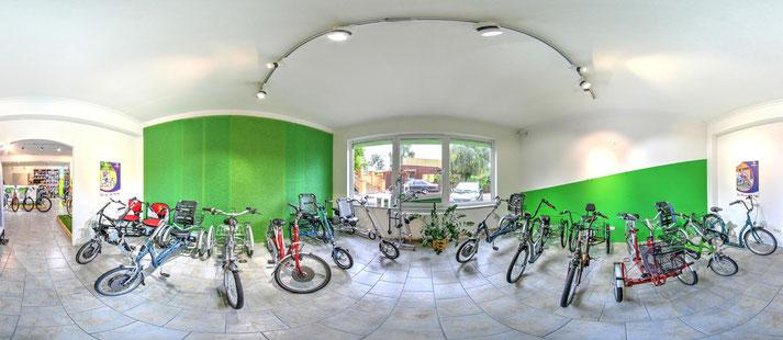 Auf großer Ladenfläche können Sie sich im Shop in Frankfurt zahlreiche e-Mountainbikes ansehen und probefahren.