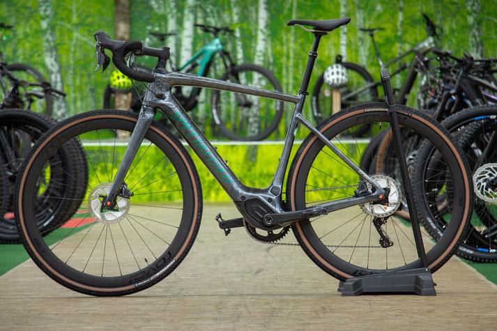 Im Shop in Nürnberg können Sie alle unterschiedlichen Ausführungen von e-Mountainbikes kennenlernen.