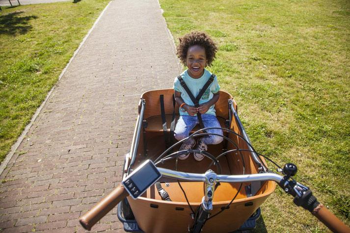 Lasten e-Bikes in der e-motion e-Bike Welt in Gießen probefahren und von Experten beraten lassen