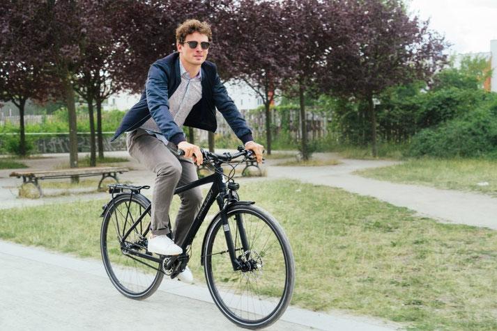 Im Shop in Göppingen können Sie alle unterschiedlichen Ausführungen von Trekking e-Bikes kennenlernen.