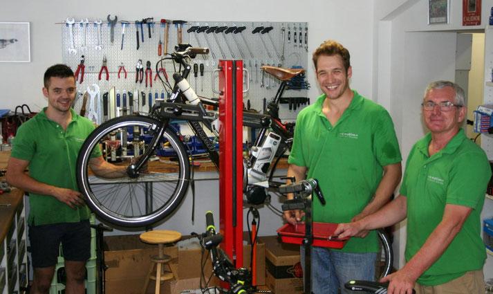 Pedelecs mit 25 km/h oder 45 km/h Unterstützung kaufen und Probefahren in Bonn