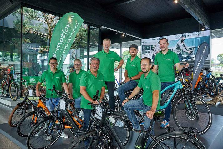 Das Experten-Team der e-motion e-Bike Welt Bad Hall bei Linz in Österreich