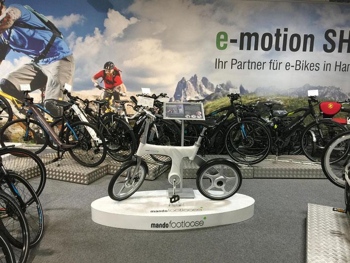 Auf großer Ladenfläche können Sie sich im Shop in Hamm zahlreiche e-Mountainbikes ansehen und probefahren.