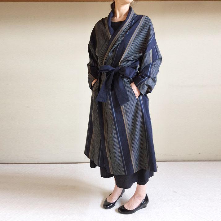 亀田縞 男女で着る羽織コート 【紺大柄】