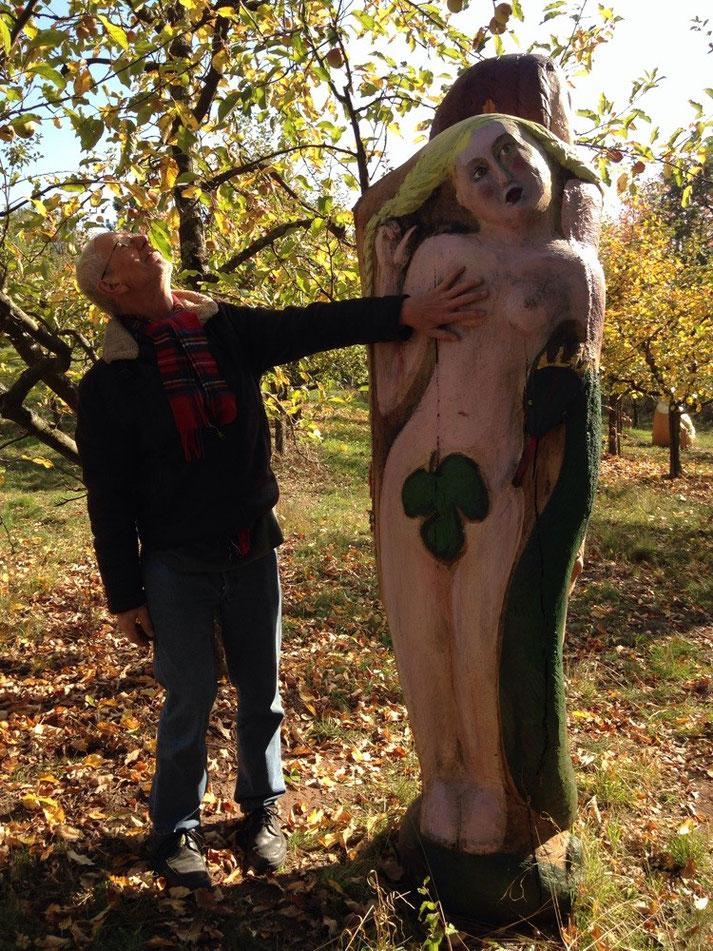 Jan Michael Schütt zu Besuch bei Figurenbeute, im Paradies bei Adam und Eva für Bienen