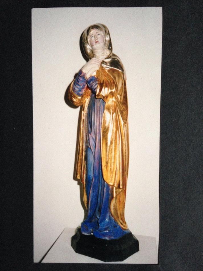 Gesellenstück zur Holzbildhauerin in Oberammergau, Nürnberger Madonna gefaßt