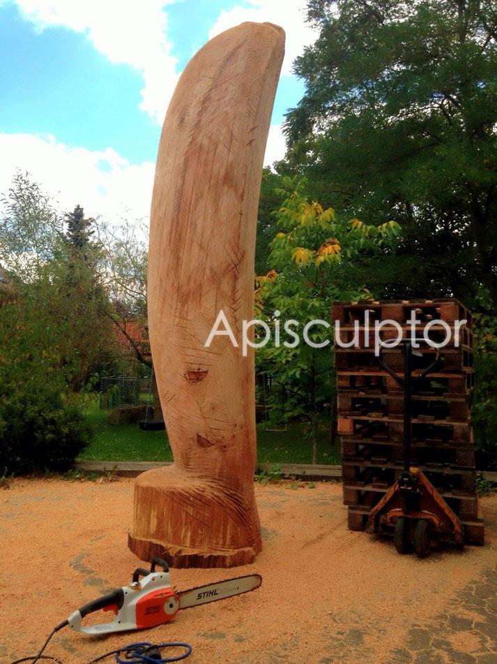 Skulpturen als Bienenstock, heute: Banane