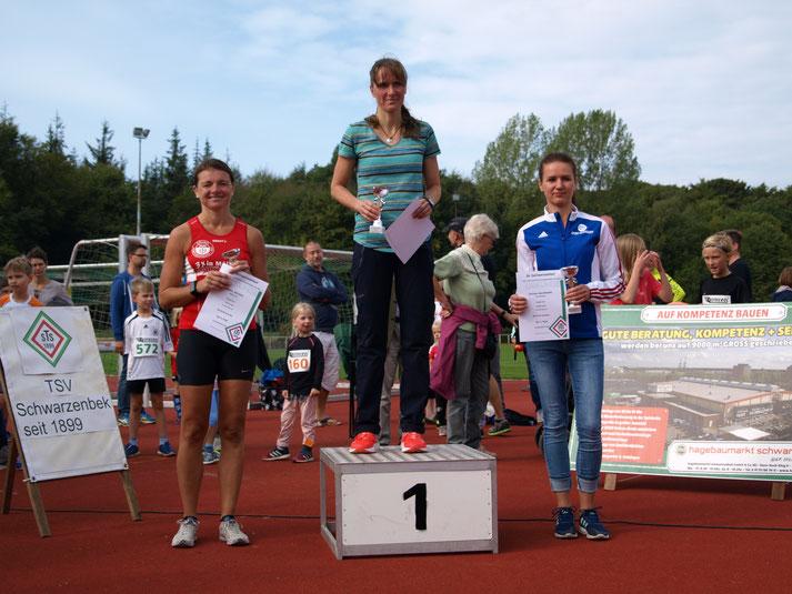 10 km Siegerin Anja Carlsohn - mit 00:39:44  schneller als die Männer