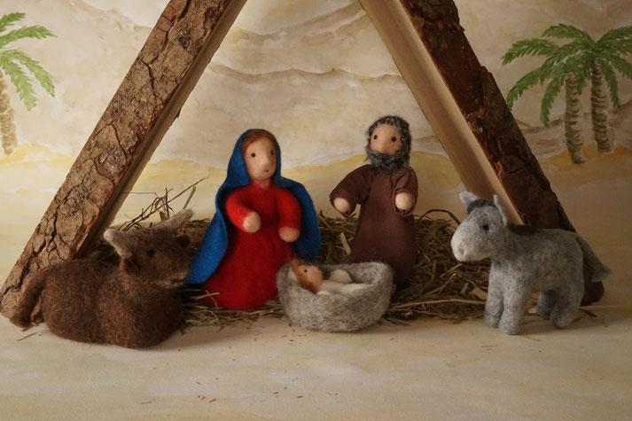 Krippenfiguren, gefilzte Krippenfiguren, Maria und Josef, Filzpuppe, Künstlerpuppe, Weihnachten, Weihnachtsgeschenk, Krippe