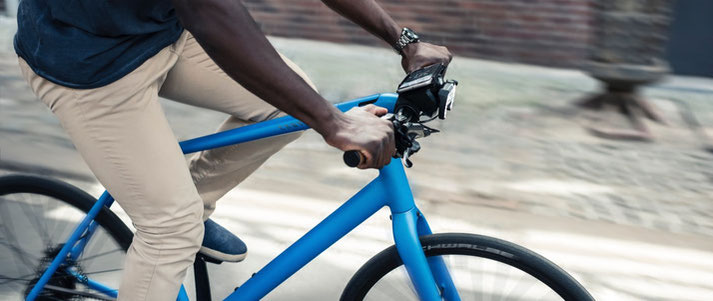 Mit COBI.bike erhalten Sie während der Fahrt aktuelle Wettervorhersagen
