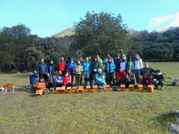 Zum Abschluss noch ein Gruppenfoto mit allen stolzen Erbauern.