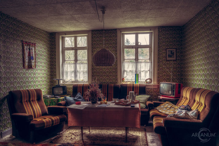 Abandoned Apartment from the 1970s, Germany