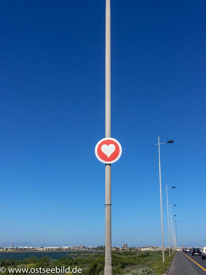 Schild mit Herz