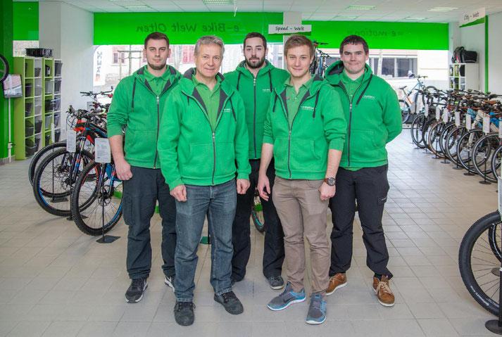 e-Mountainbikes und Pedelecs probefahren und kaufen in der e-motion e-Bike Welt Olten