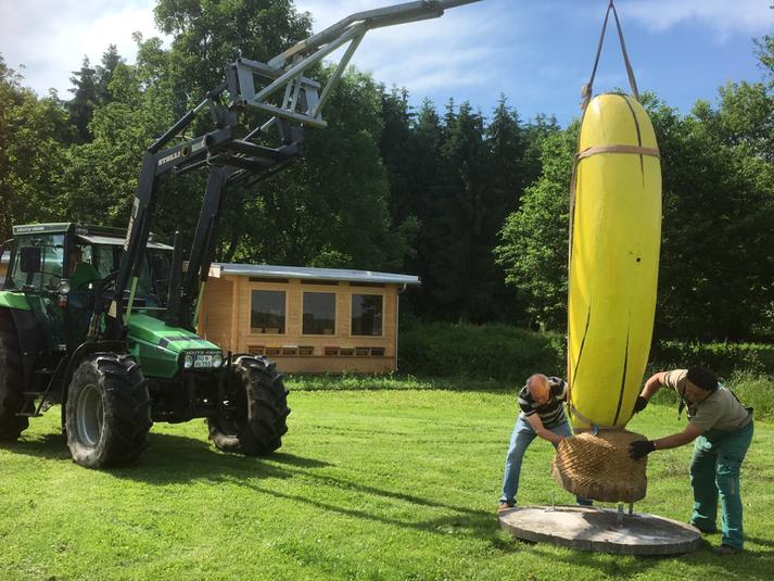 Neuer Standort Staudengärtnerei Gaissmayer vor dem Lehrbienenstand Illertissen