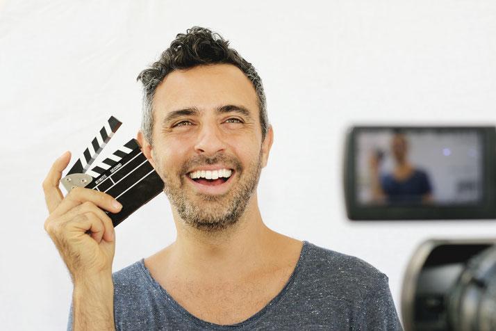 """Zielführende Bewerbungsvideos für Ihren erfolgreichen Image- und Bewerbungsauftritt. """"Attention"""" ist die Devise, """"Attraction"""" das Motto"""