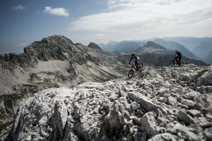 mit Ihrem e-Bike und e-Mountainbike Techniktraining, Kurse, Reisen und Touren machen