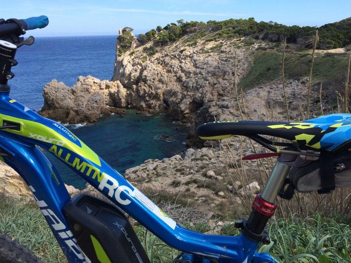 Dezember-Sonne sichern beim ersten e-motion e-Mountainbike Camp Mallorca