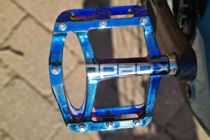 Pedale des Specialized Levo SL Comp Carbon