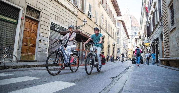 Mit den integrierten elektronischen Schaltsystemen von Bosch haben Sie den Kopf frei für die schönen Dinge des e-Bike Fahrens