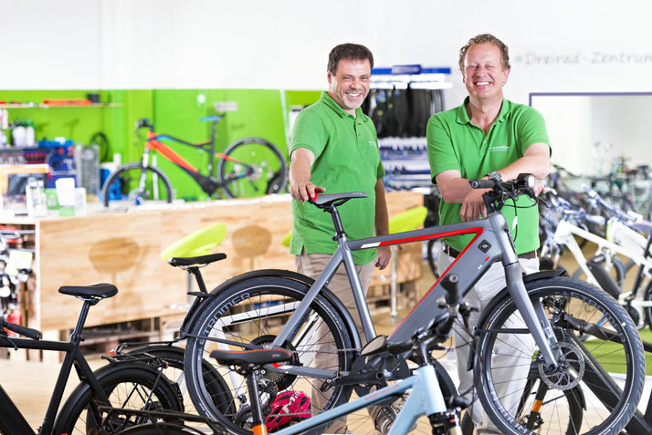 In der e-motion e-Bike Welt Bielefeld können Sie alles rund um das Thema Falt- und Kompaktrad erfahren.