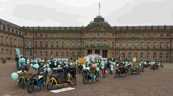 Lasten e-Bike Event in Stuttgart zur Lasten e-Bike Förderung mit der e-motion e-Bike Welt Tuttlingen