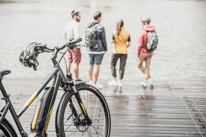 Im Shop in Oberhausen können Sie alle unterschiedlichen Ausführungen von Trekking e-Bikes kennenlernen.