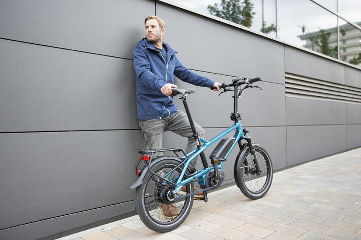 Lernen Sie die praktischen Eigenschaften von Falt- und Kompakt e-Bikes im Shop in Ahrensburg kennen