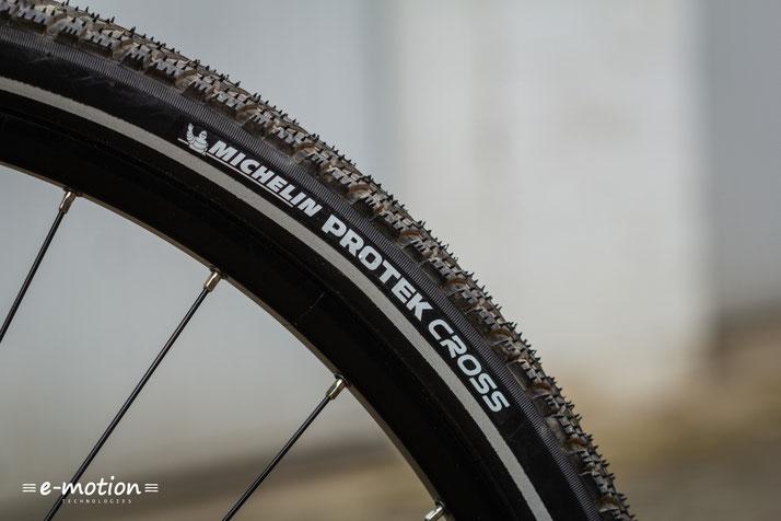 Das Haibike SDURO Trekking 6.0 ist ausgestattet mit Reifen von Michelin