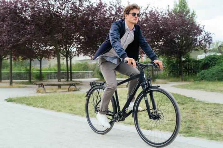 Im Shop in Stuttgart können Sie alle unterschiedlichen Ausführungen von Trekking e-Bikes kennenlernen.