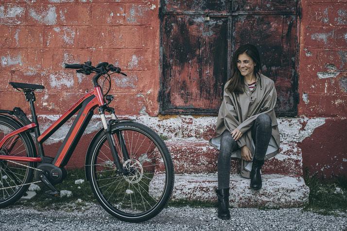 Im Shop in Berlin-Mitte können Sie sich viele City e-Bikes ansehen.