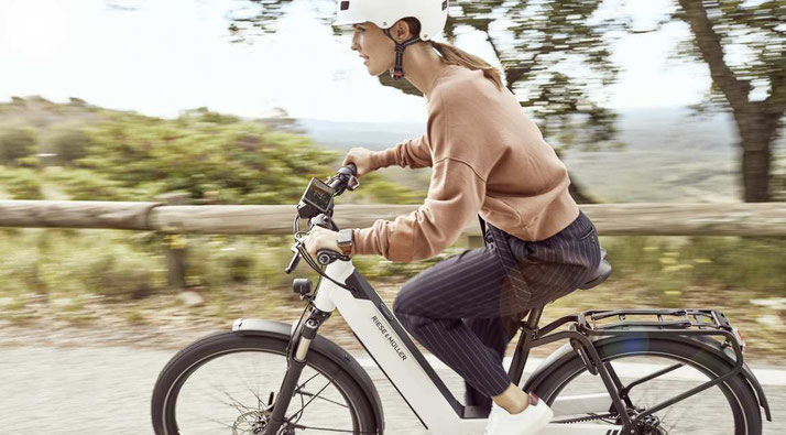 Das COBI.Bike System eröffnet e-Bike Fahrern die Möglichkeit ihr Smartphone als Display zu nutzen
