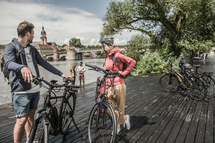 Trekking / Touren e-Bikes 2020