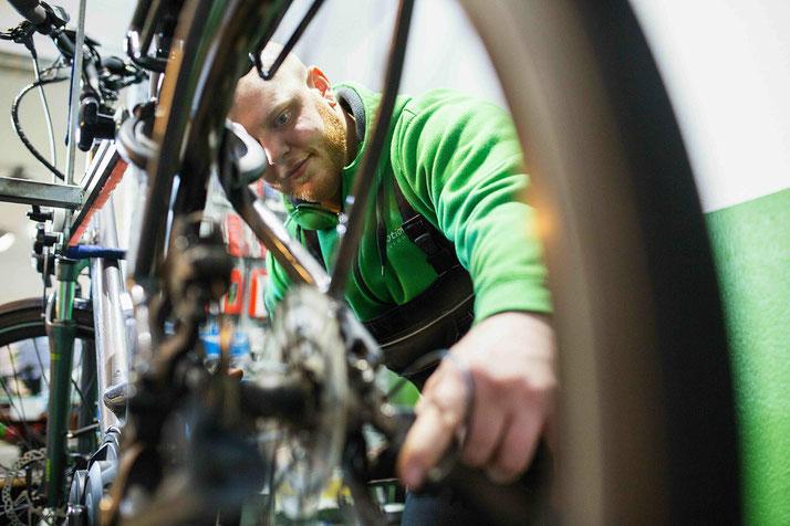 e-Bike Service in der e-motion e-Bike Welt Oberhausen