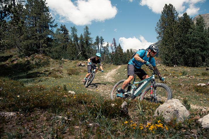 Testen Sie bei einer der e-MTB Testfahrten und profitieren Sie beim Kauf eines e-Mountainbikes.